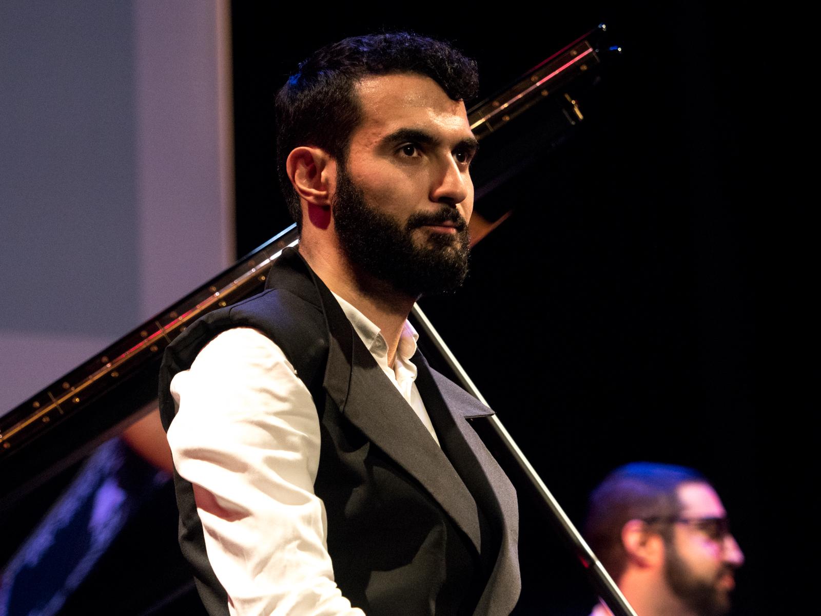 Tigran Hamasyan Trio - hier: Tigran Hamasyan (Jazzfest Berlin 2015). Foto: Petra Basche